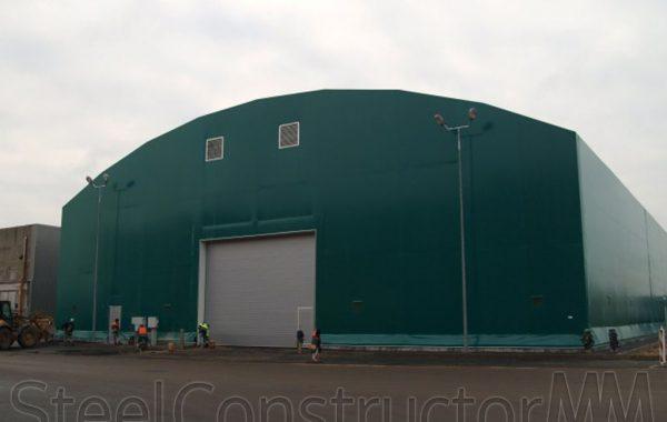 Loose bulk freight hangar in Freeport of Riga